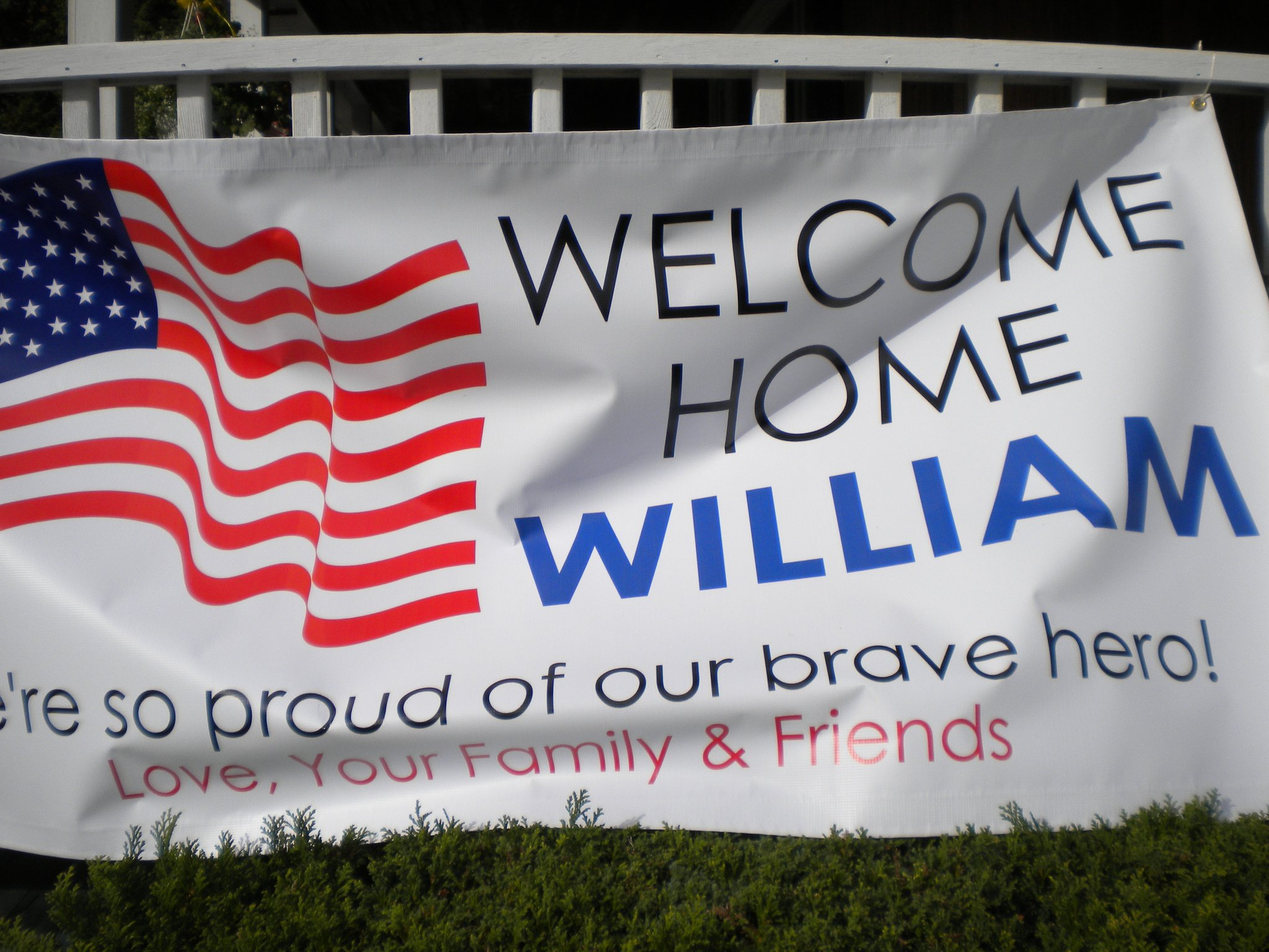 patriotic homecoming sign