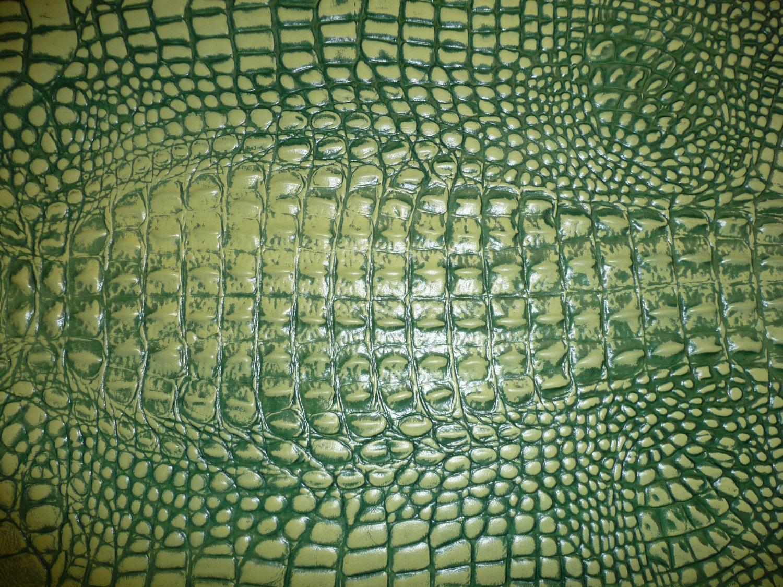 green alligator purse