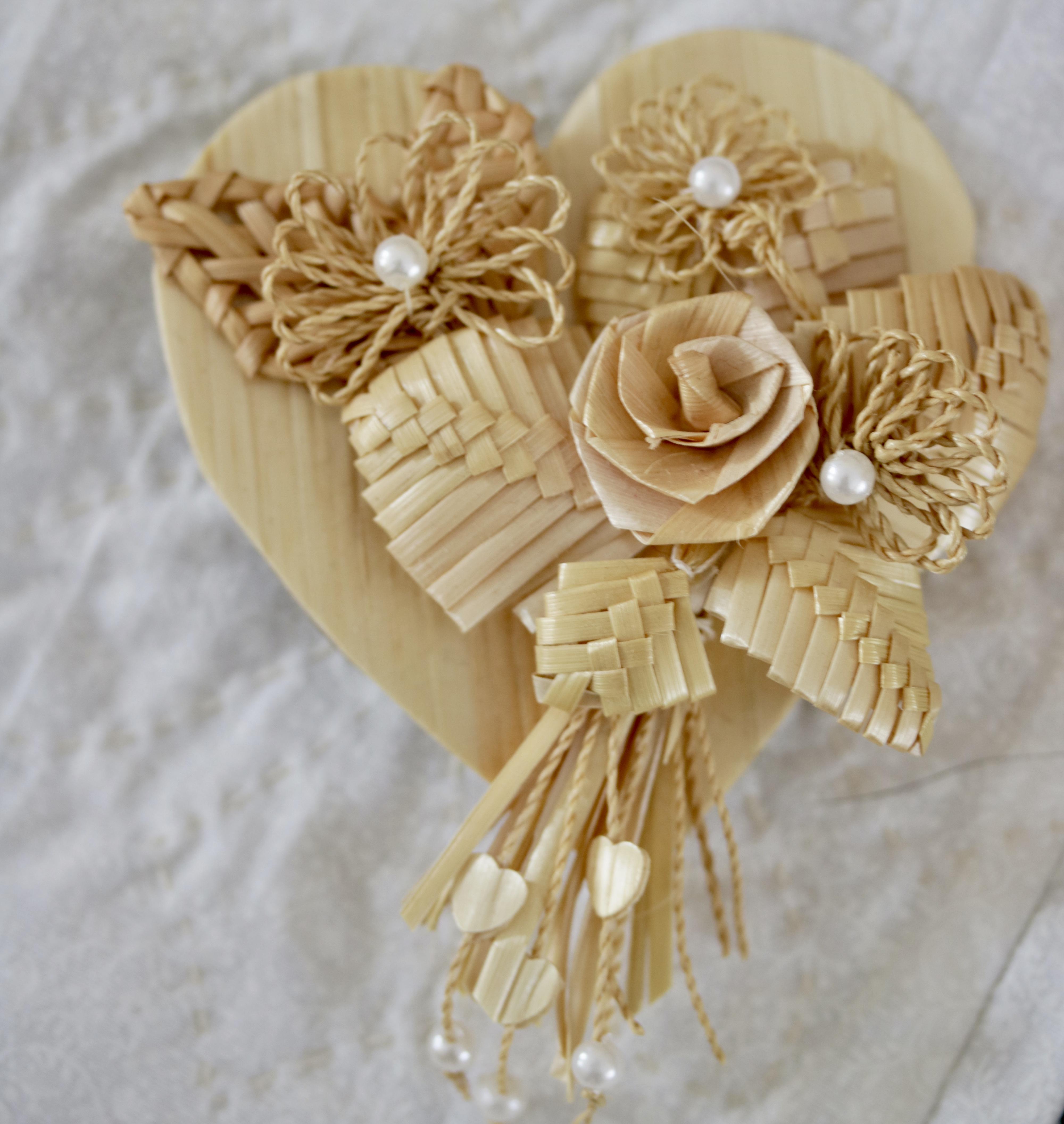 kansas wheat heart pin