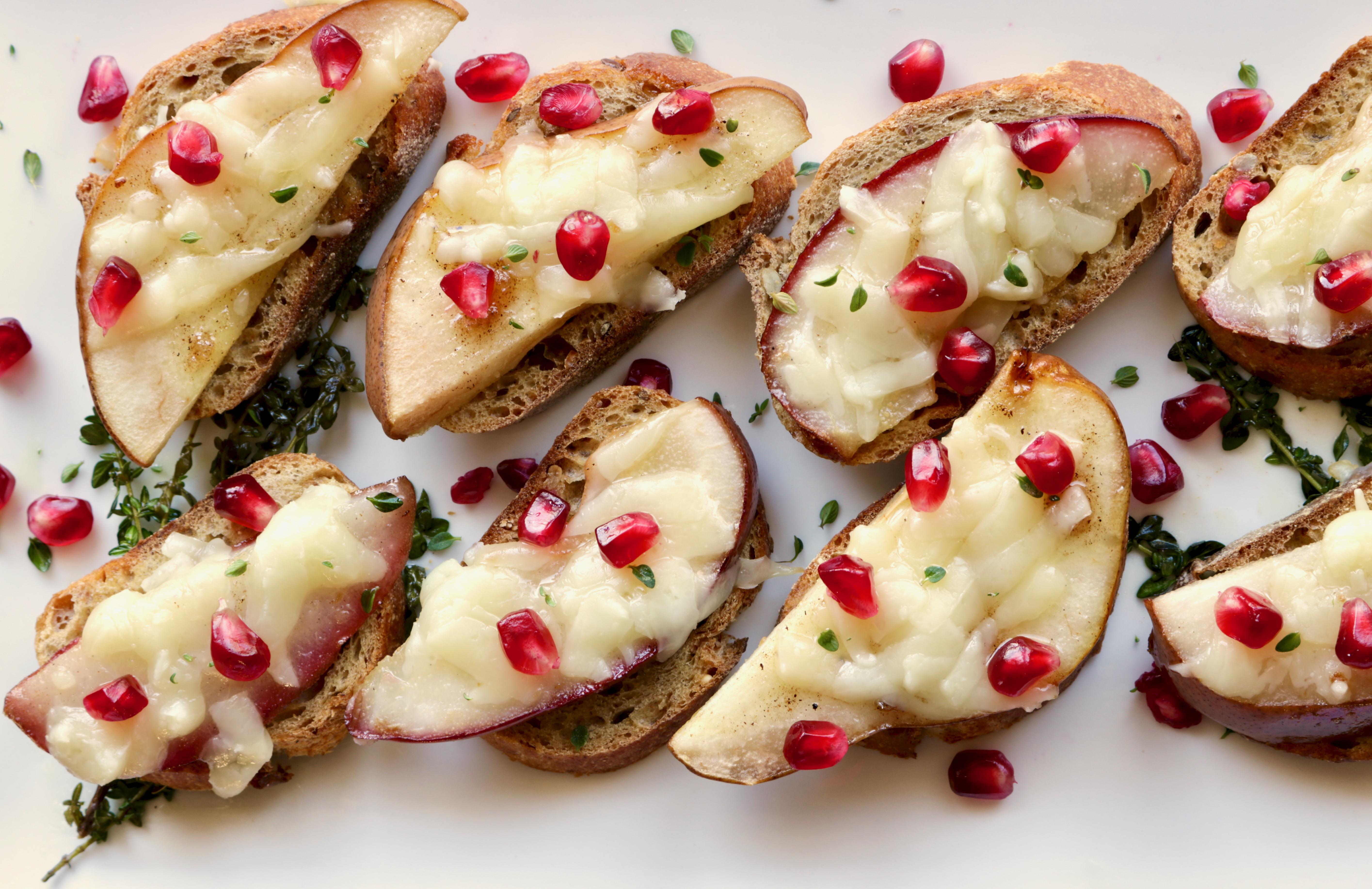 pear crostini on serving platter