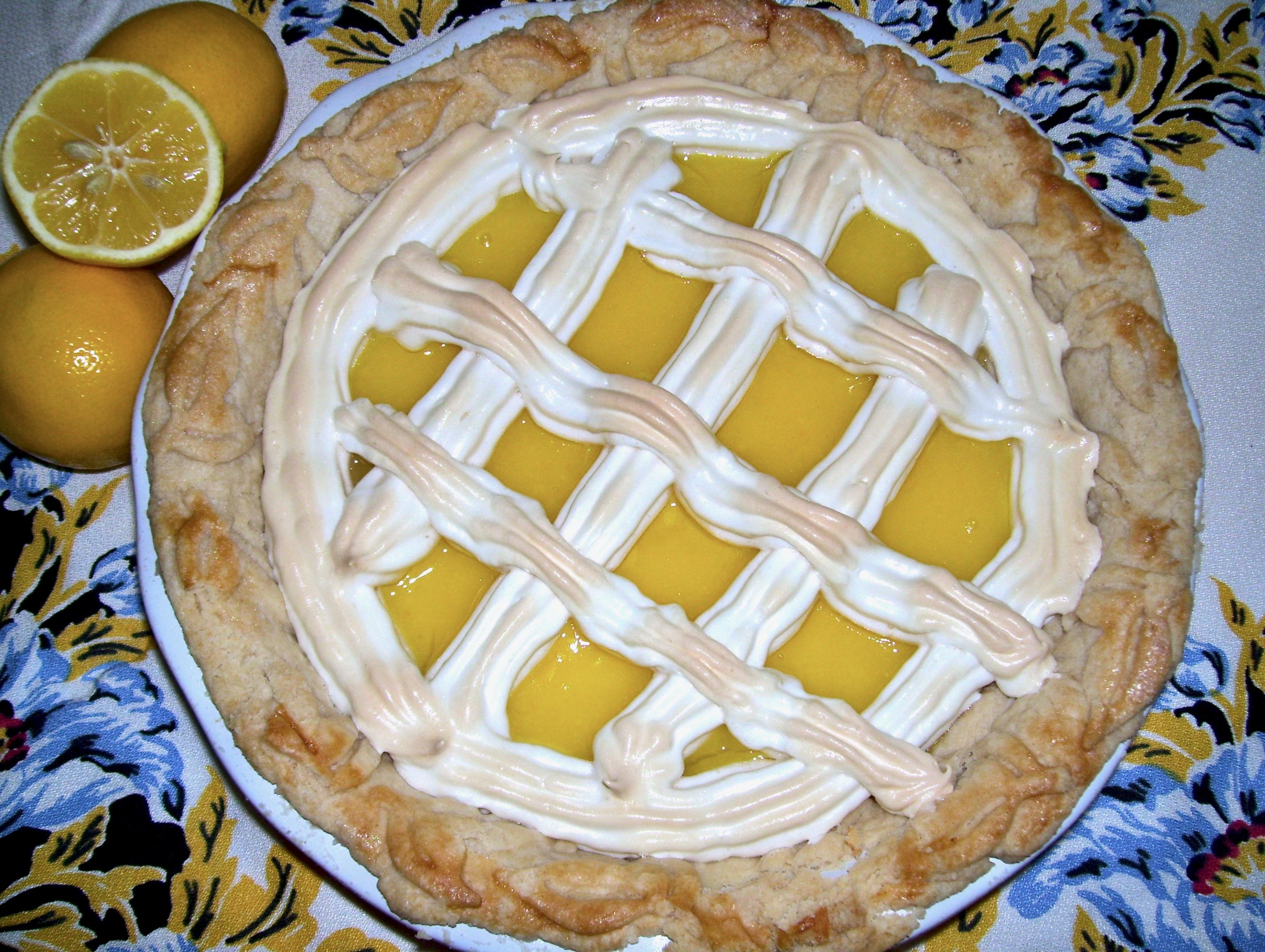 lattice topped lemon meringue pie