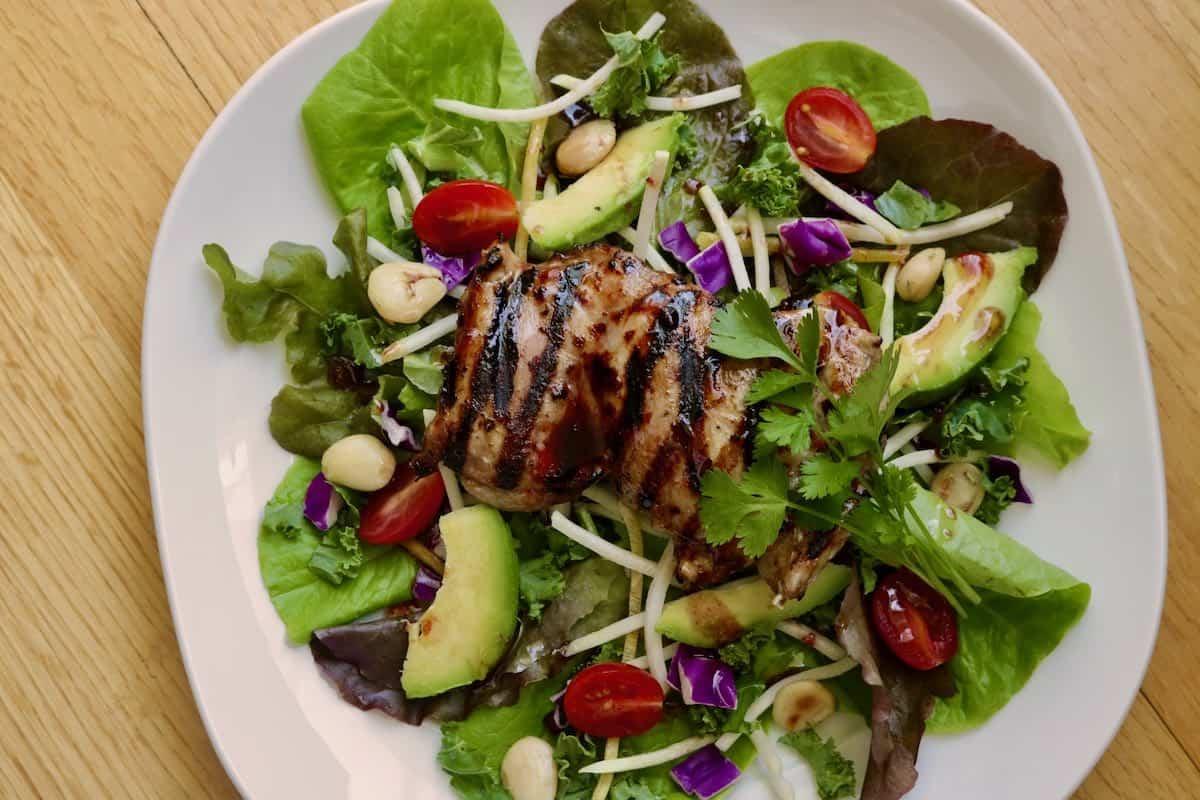 Grilled chicken Elderberry salad