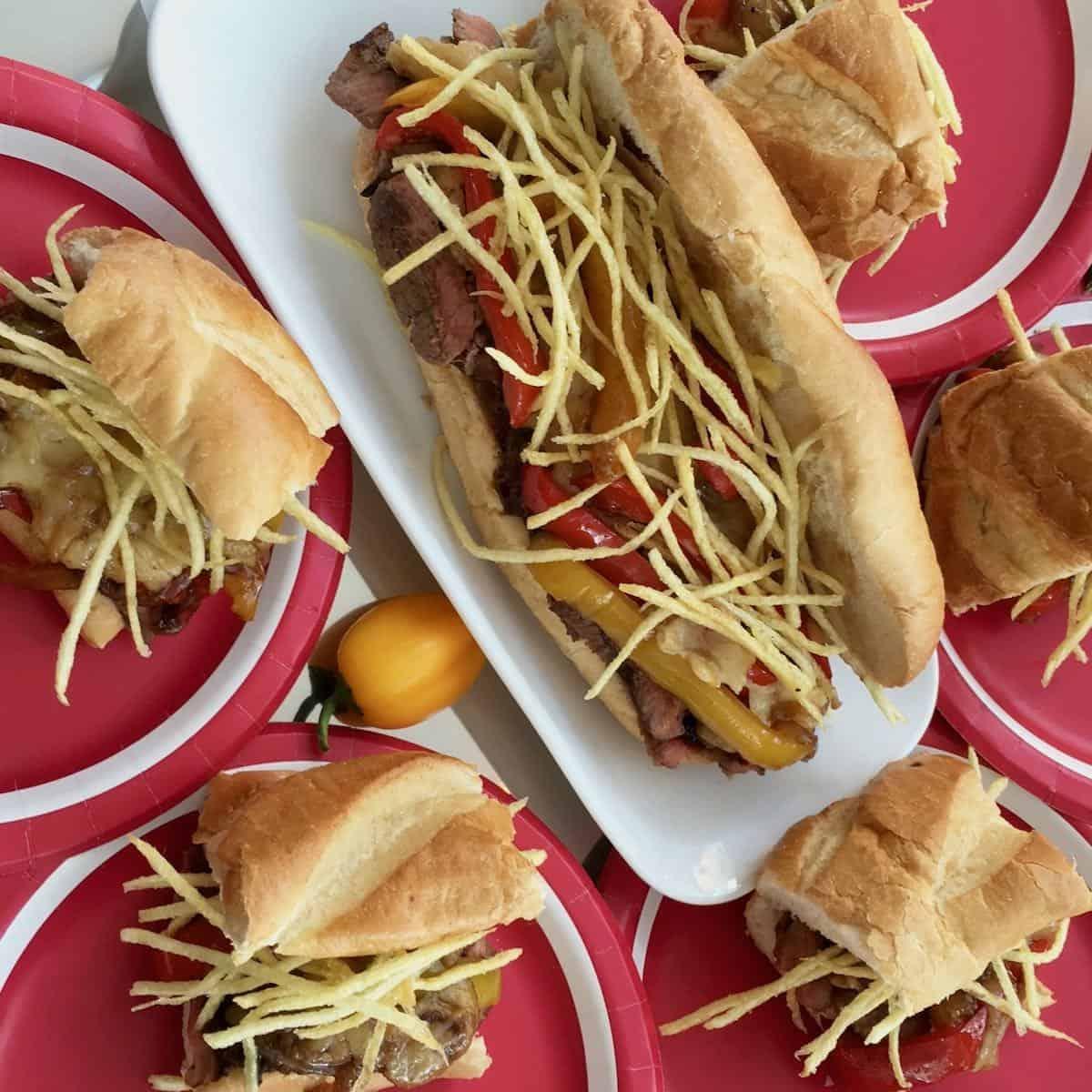 steak sandwiches with crispy potato strings