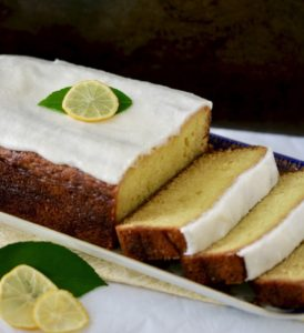 lemon cake with white icing