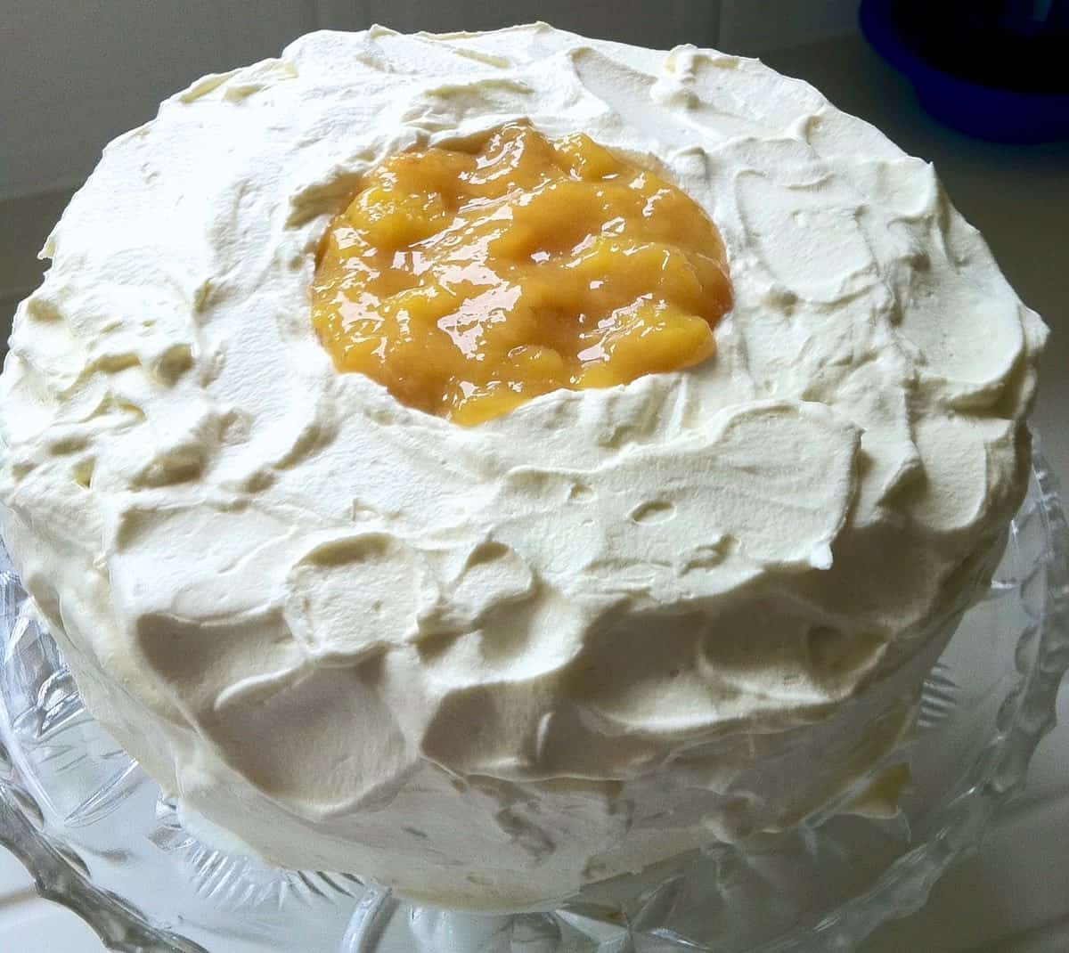 Angel food Cake with whipped cream and peaches