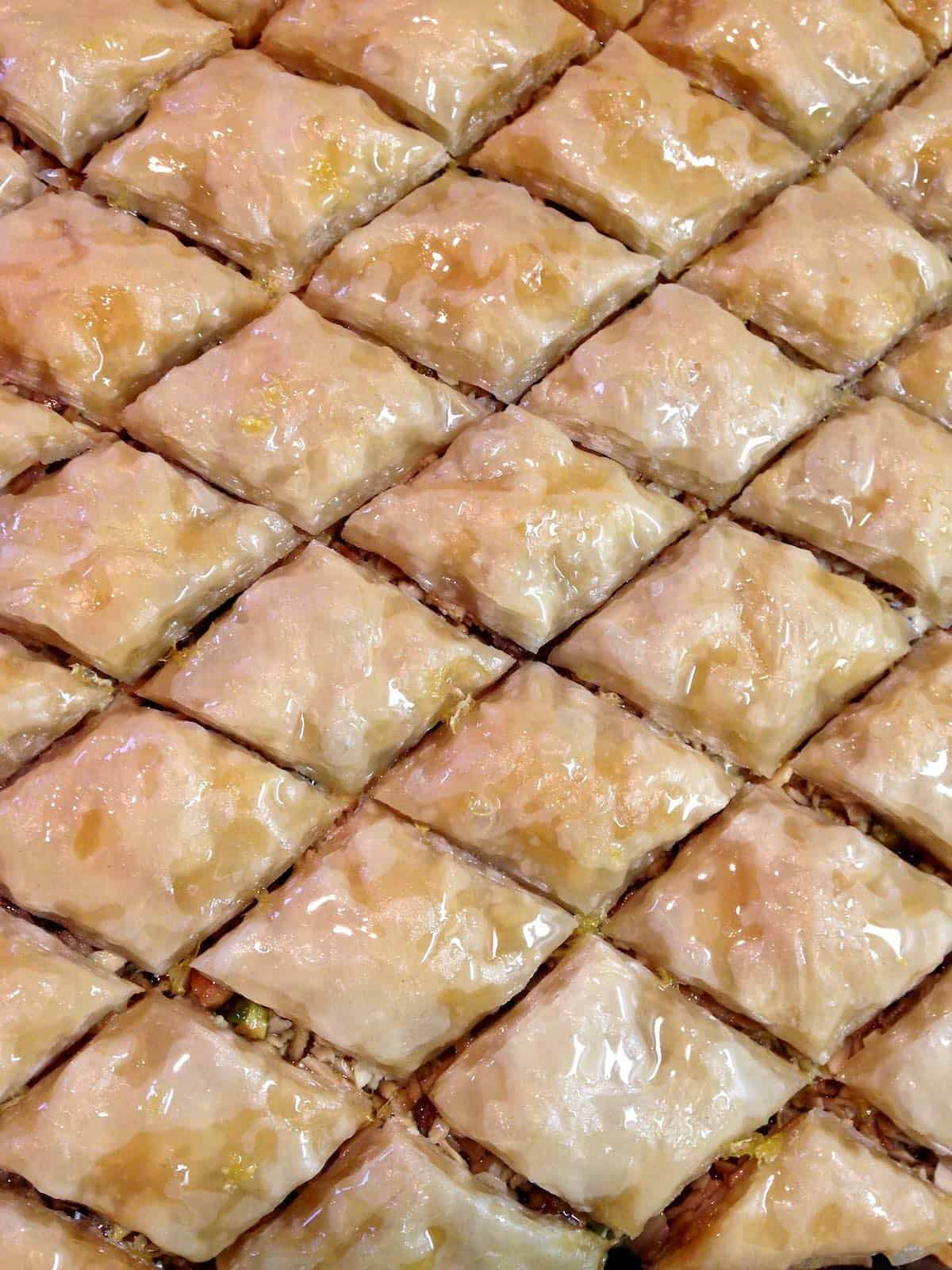 no need to do a honey search for baklava here