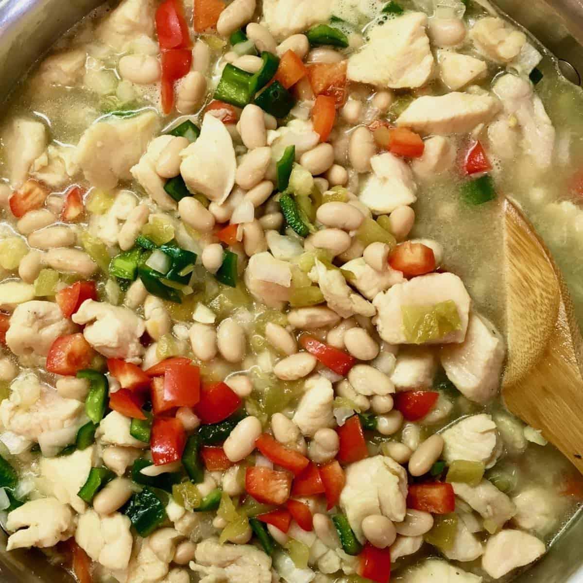 pot of chicken chili