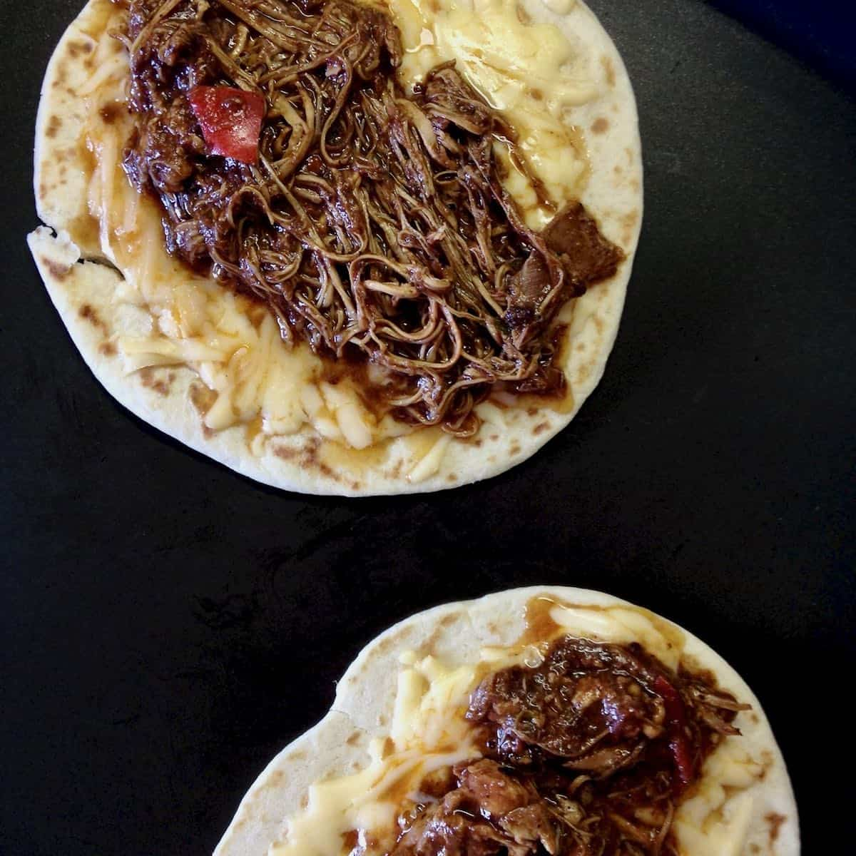 chicken mole tortillas