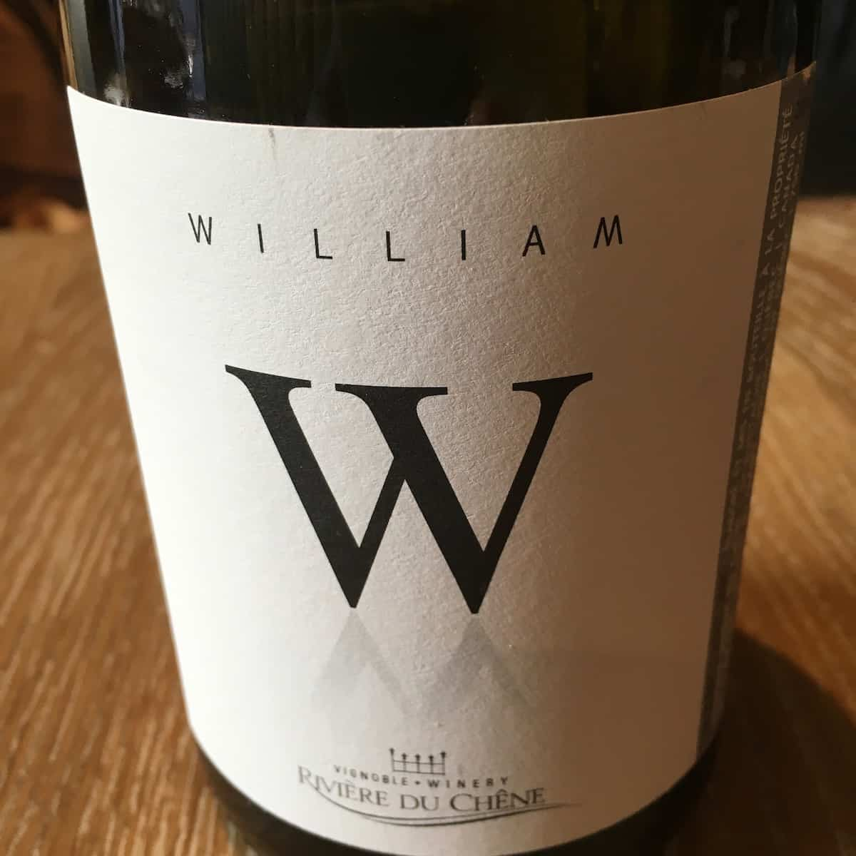 William Wine bottle