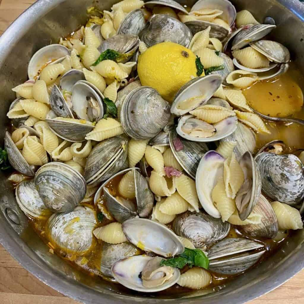 fresh clams pasta
